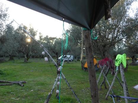 Campement chez Geronimo dans les oliviers